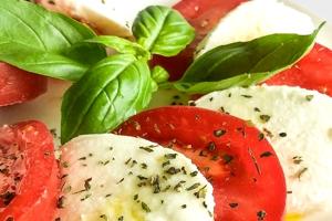 caprese salad positano